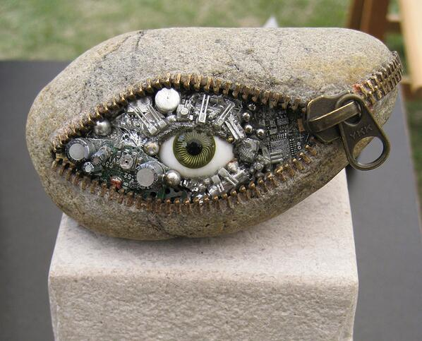 Stone Sculpture by Hirotoshi