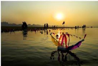 bali jatra - toy boats